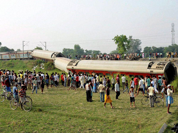 Bihar CM rules out Maoist role in Rajdhani mishap