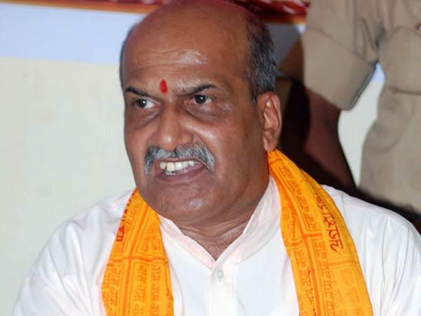 Muthalik is threat to national security: Congress