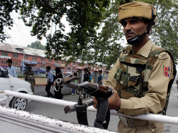 Security beefed-up in Srinagar