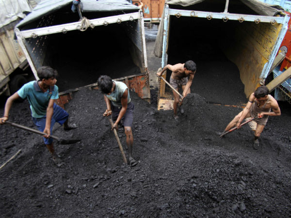 Coal scam caused a loss of Rs 1.86 lakh crore to the exchequer