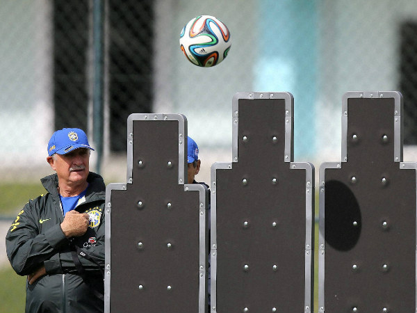 After World Cup exit, Scolari quits as Brazil coach