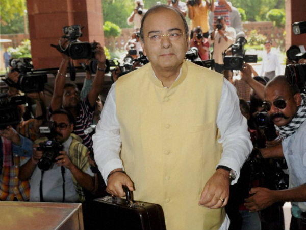 Budget 2014 promises Swachch Bharat by 2019