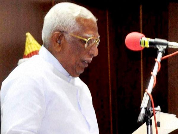 Vakkom Purushothaman to resign