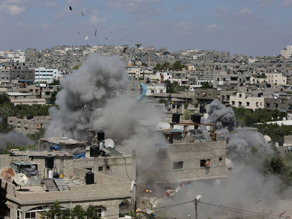 Israel carries out airstrikes in Gaza strip