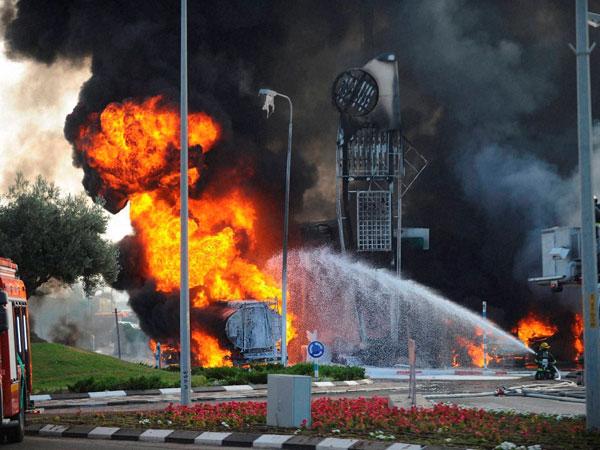 Israeli fresh airstrikes on Gaza kill three Palestinians