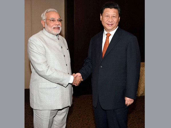 Narendra Modi meets Chinese President