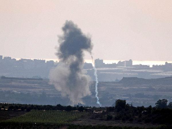 Netanyahu vows more attacks, as rocket attack kills first Israeli