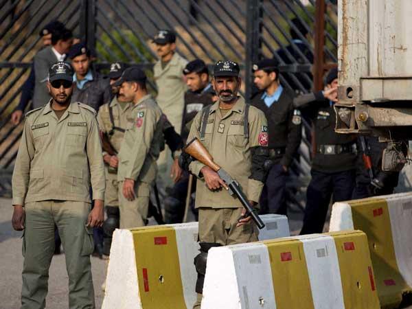 15 militants killed in Pakistan attack