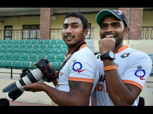 File photo: Indian hockey players Sreejesh and Raghunath (L) at a training session at National Stadium in New Delhi on Friday ahead of their departure to Glasgow, Scotland for the Commonwealth Games 2014 on July 11