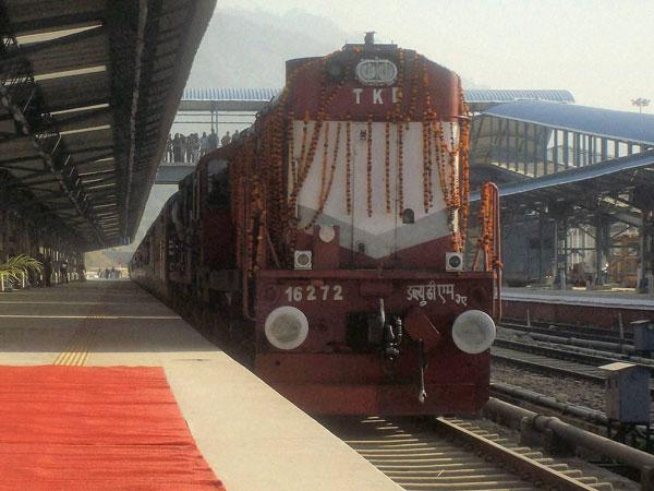 Pilgrimage train stuck in Katra tunnel