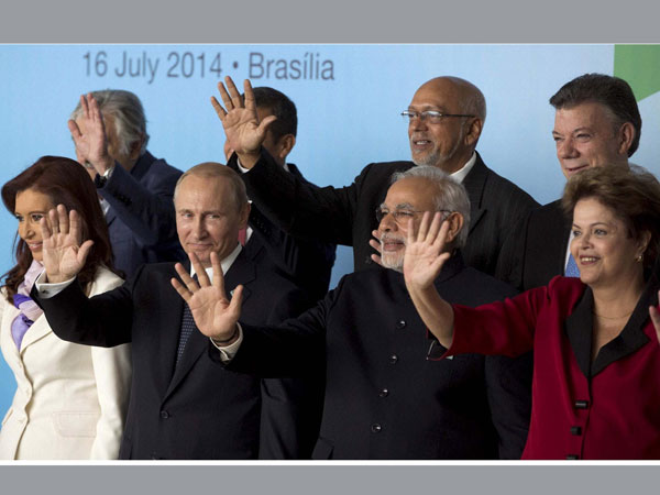 Modi poses with BRICS leaders