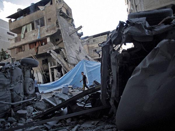 Five killed in Israeli airstrikes