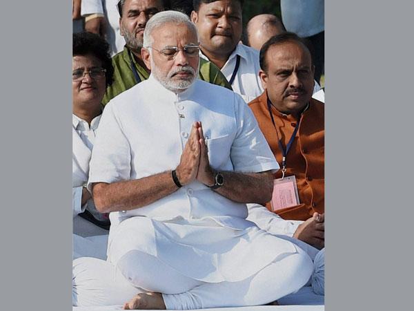 MH 17 crash: Modi prays for victims