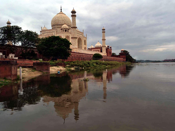 Increased water level of Yamuna in Agra