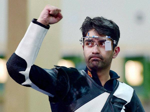 Abhinav Bindra celebrates winning gold