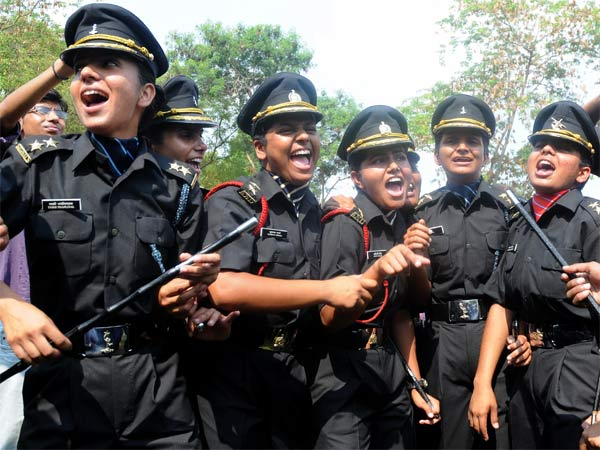 Govt to allow women Army officers to command certain battalions.