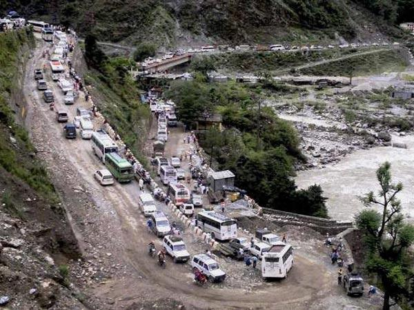 Badrinath Yatra halted after heavy rain