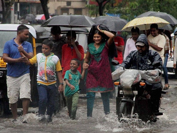 50 villages marooned in Thane after heavy rains