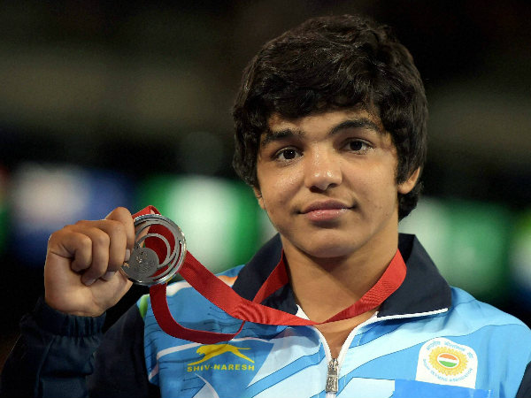 India's Sakshi Malik with her silver medal