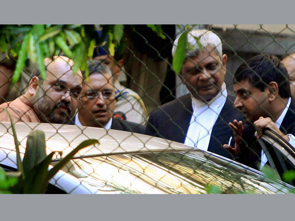 Sohrabuddin case: Brother seeks narco test on Shah, others