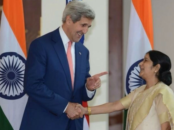 Sushma meets Kerry. (PTI photo)