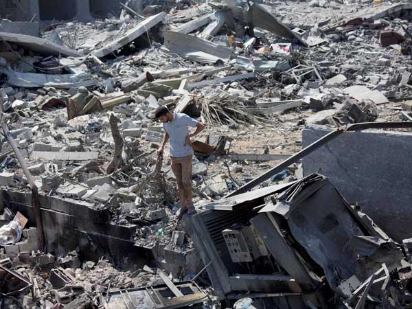 Israel hits out at Hamas