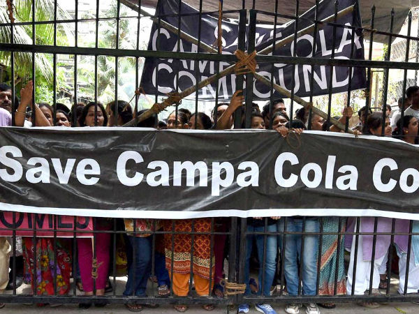 Campa Cola residents protesting against eviction drive of BMC