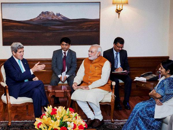 Joh Kerry and Modi