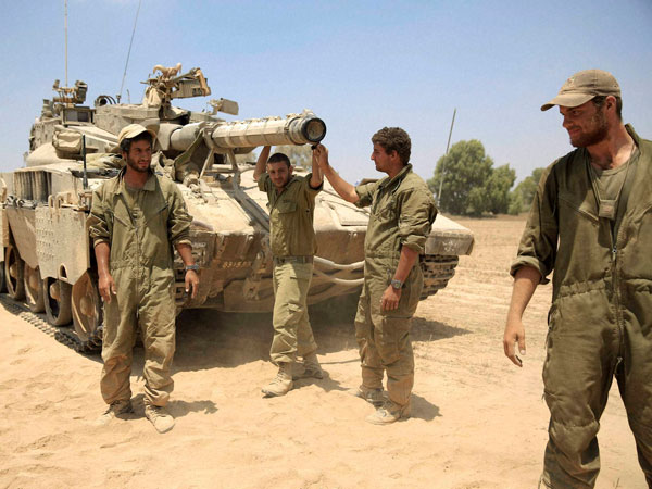 Gaza truce holds for 2nd day