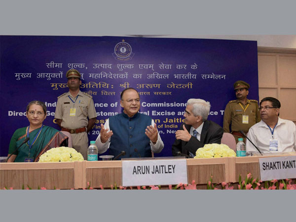 Jaitley meets tax officials