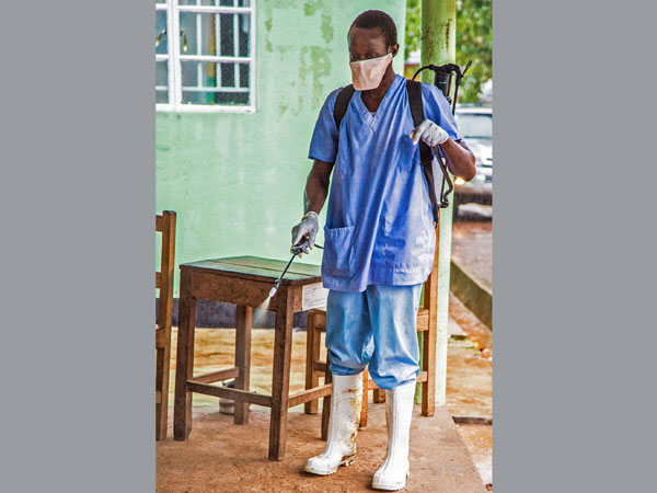 Ebola:Indian docs shirk responsibilities