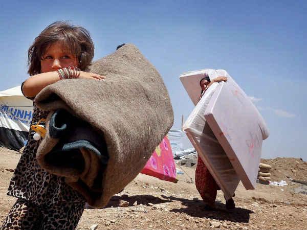 Obama considers option to evacuate trapped Iraqi civilians
