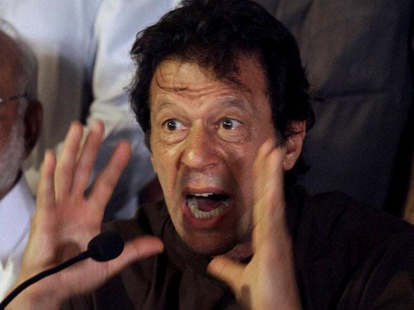 Imran Khan demands Pakistani PM's resignation