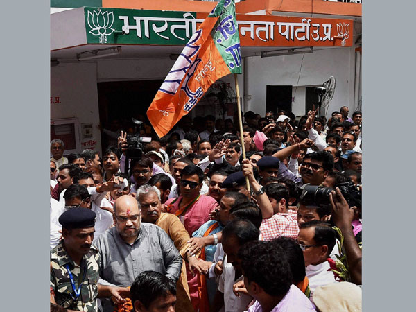 BJP National President Amit Shah being welcomed