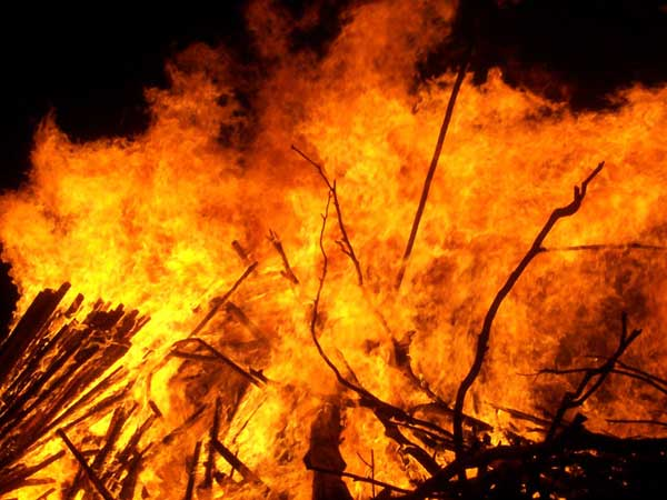 Fire at godown, four feared dead