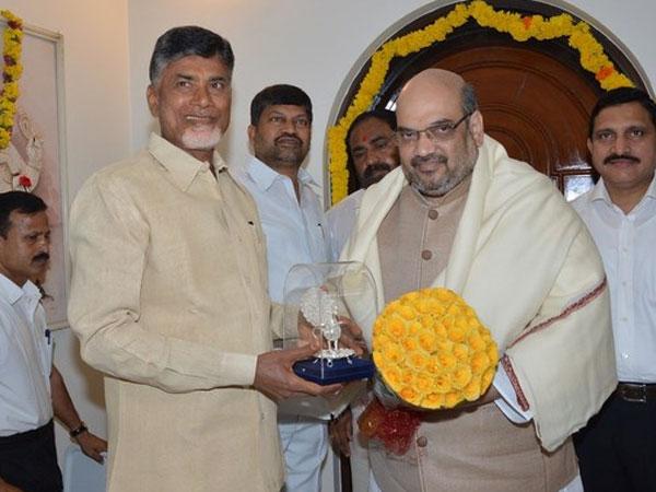 Amit Shah meets Chandrababu Naidu