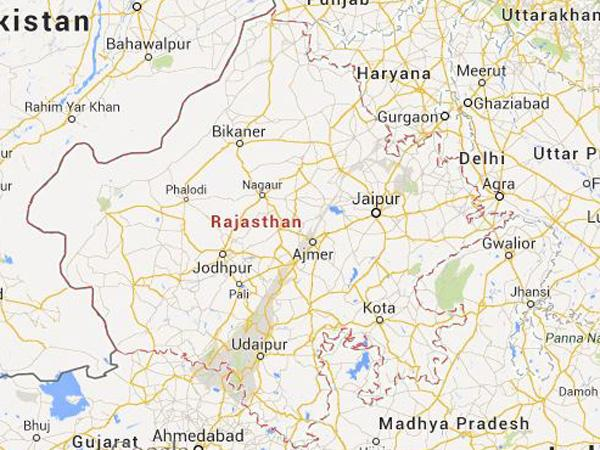 Rail traffic halted as Ajmer-Ahmedabad express derails