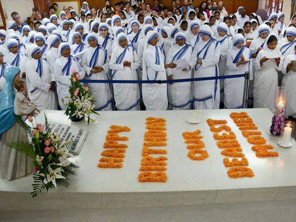 Kolkata Missionaries of Charity celebrates Mother's 104th birthday
