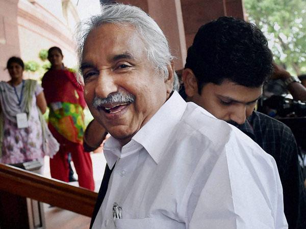 Kerala CM meets AK Anthony