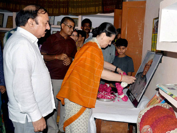 Congress President Sonia Gandhi interacts with people