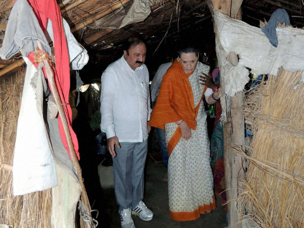 Sonia Gandhi visits a local's house