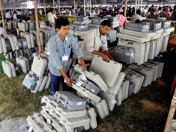 Voting machines tamper proof: EC