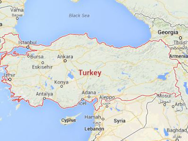 Policeman shoots selfie in Turkey as man jumps to death