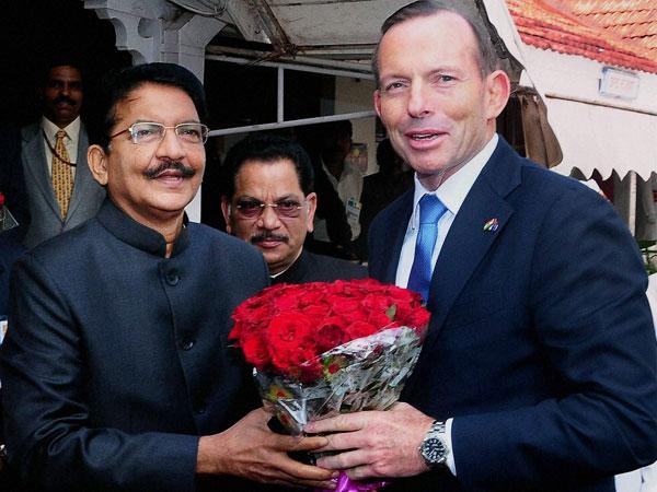 Australian PM begins trip from Mumbai