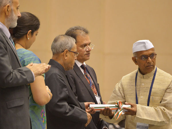 Prez with Union HRD Minister Smriti Irani