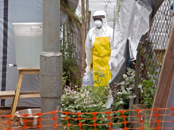 Ebola: Another patient flown to US