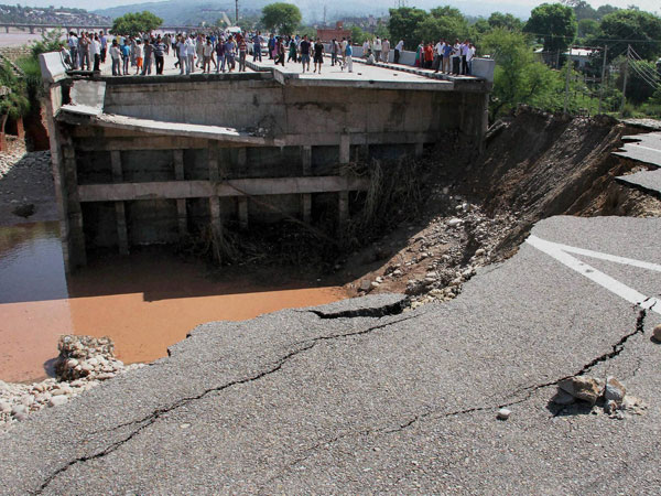 Kashmir floods: Govts ignored warnings which came in 2010?