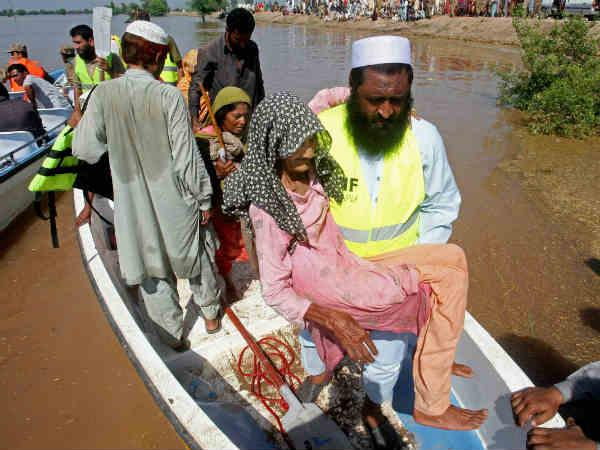 Pak floods in Pics: Over 200 people killed, nearly half a million affected