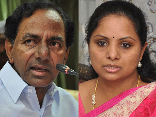 KCR with daughter Kavitha