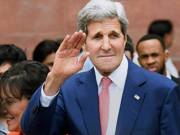 Kerry endorses Obama's speech against ISIS in Baghdad